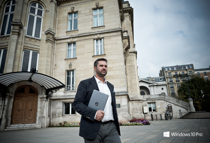 L'agent immobilier et le HP EliteBook Folio (Tiled)