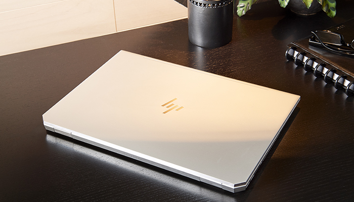 HP-EliteBook-1050-G1.jpg